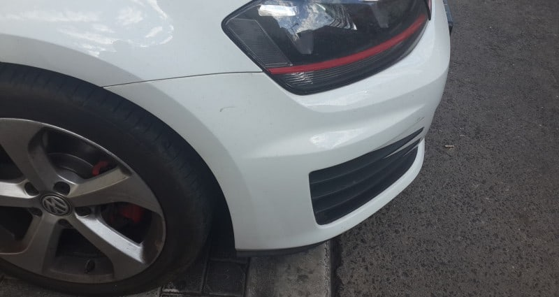 רכב לבן לאחר טיפול להעלמת שריטות - שרטיות בטמבון נעלמו