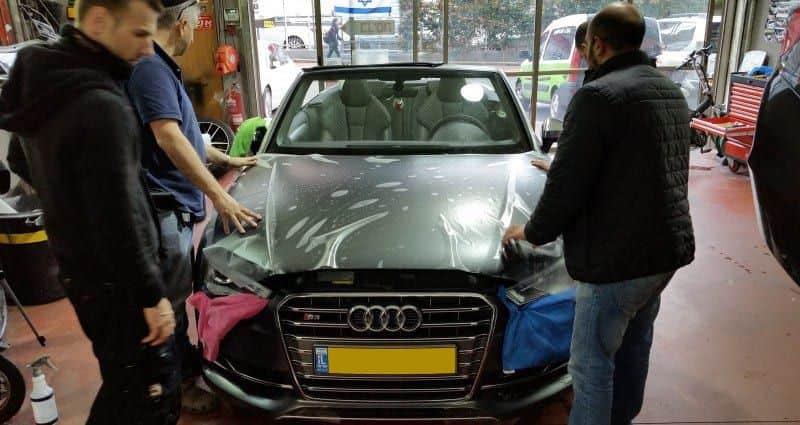 מיגון לרכב נגד שריטות - ציפוי מט לרכב אאודי