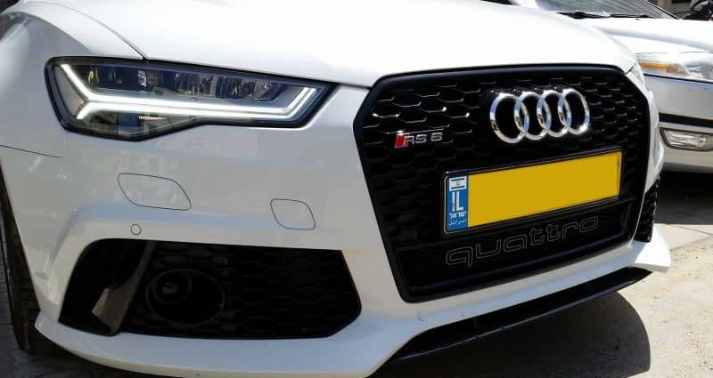 רכב אאודי עם ציפוי נגד שריטות לרכב