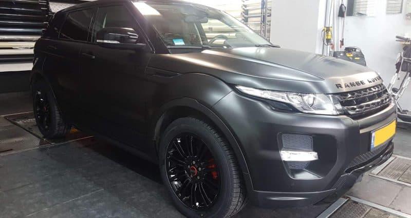 צביעת ג'אנטים לרכב לצבע שחור מבריק